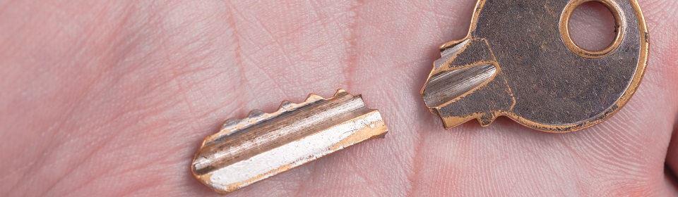 Slot reparatie door afgebroken sleutel